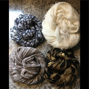 Pack of 4 beautiful scarves